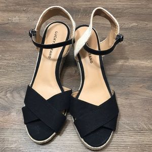 Lucky Brand Cross Strap Wedges blk/tan size 11